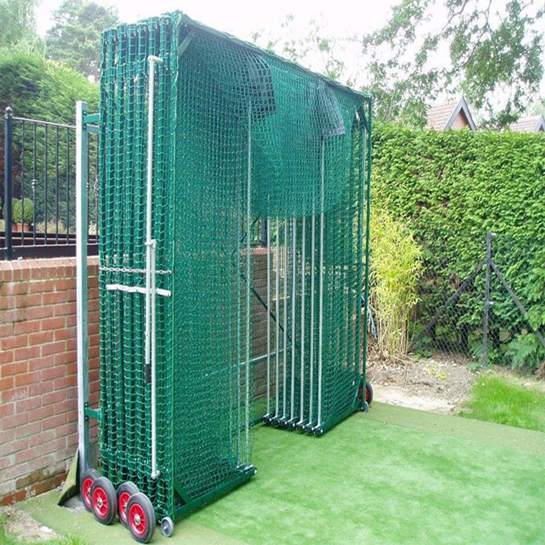 Concertina baseball batting cage />